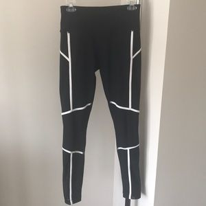 Mondetta athletic leggings
